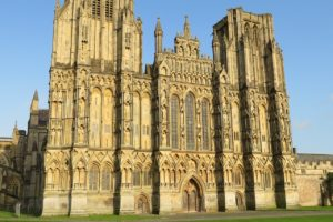 places-to-visit-somerset-wells-cathedral