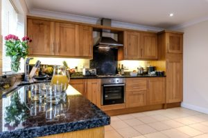 somerset-self-catering-accommodation-for-keyworkers-kitchen-size